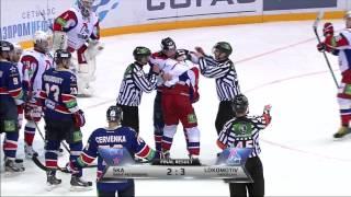 Драка в хоккее Илья Ковальчук - Холёс